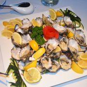 Food_-_Fresh_Oysters.jpg